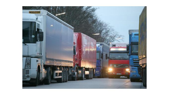 Autobahnparkplätze vorsichtig anfahren