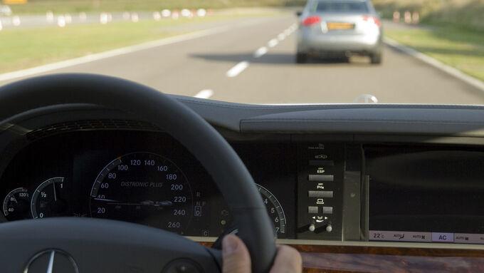 Autofahrer, Front