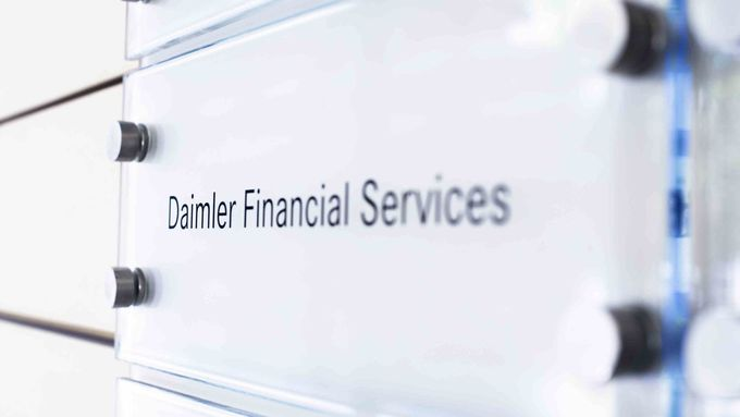 Daimler Financial Services (DFS)