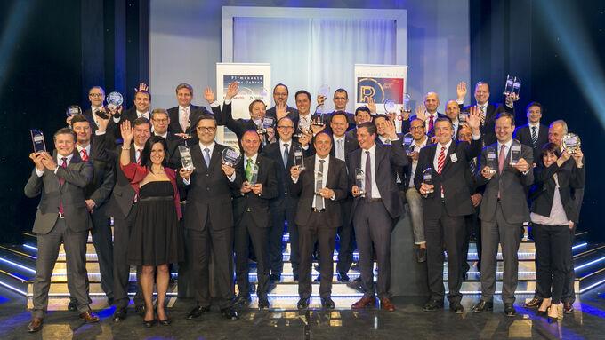 Gruppenbild mit allen Gewinnern bei Die besten Marken und Firmenauto des Jahres 2014
