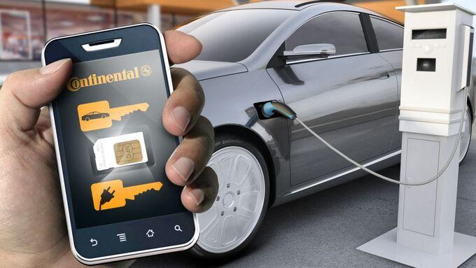Über die Continental-App können Carsharing-Nutzer ein Elektroauto finden, buchen, öffnen und schließen.