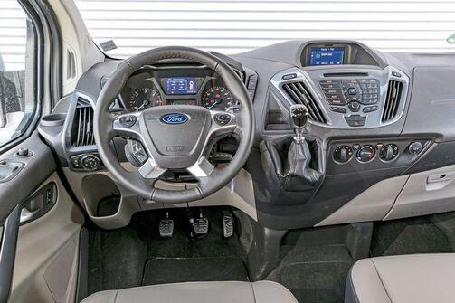 Ford Tourneo Costom