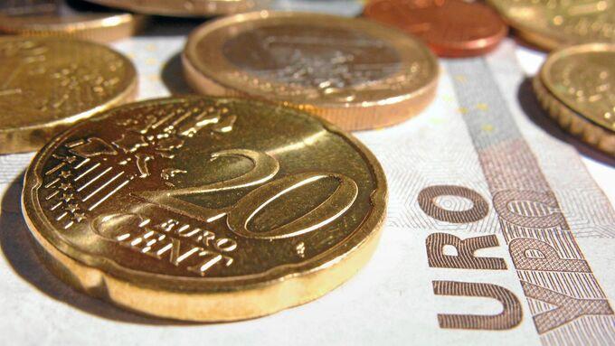 Geld, Honorar, Münzen, Scheine