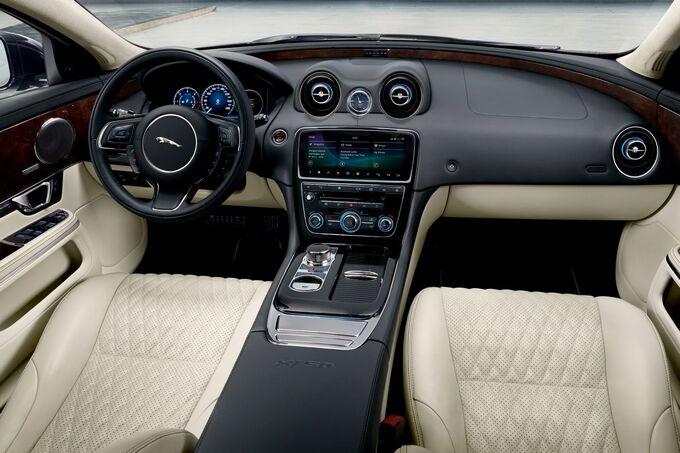 Jaguar XJ50