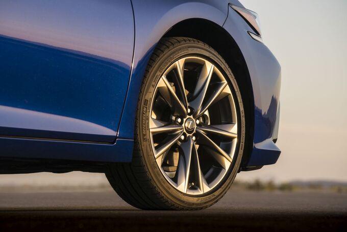 Lexus ES 2019, Rad, Felge