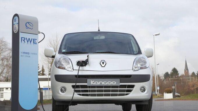 Renault Kangoo Z.E. an der Ladesäule