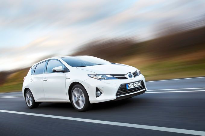 Toyota Auris 1.8 Hybrid 2015