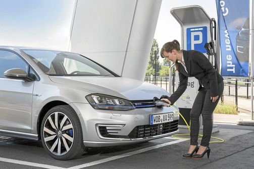 VW Golf GTE Plug-in Hybrid laden Ladestation