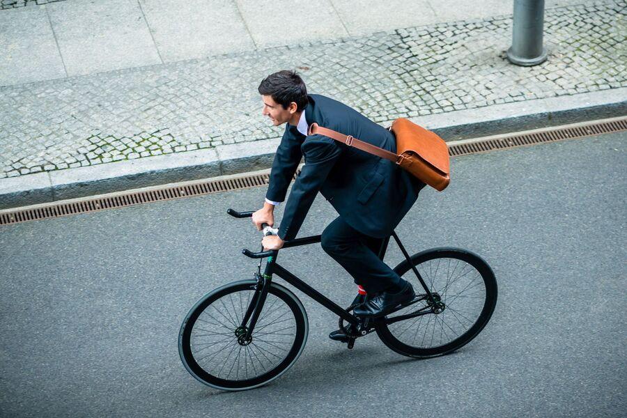 fahrrad leasing chef zahlt mitarbeiter radelt firmenauto. Black Bedroom Furniture Sets. Home Design Ideas