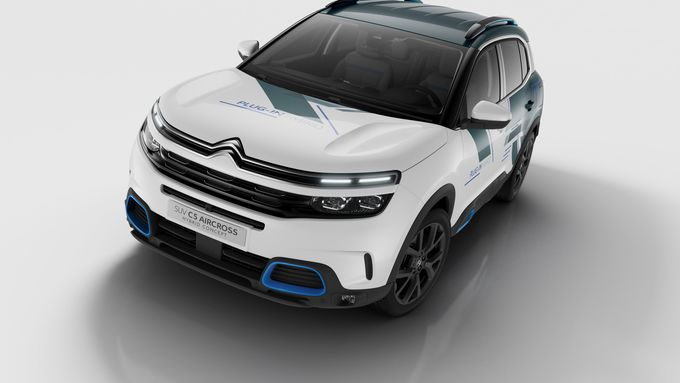 citroen c5 aircross hybrid 50 kilometer rein elektrisch. Black Bedroom Furniture Sets. Home Design Ideas